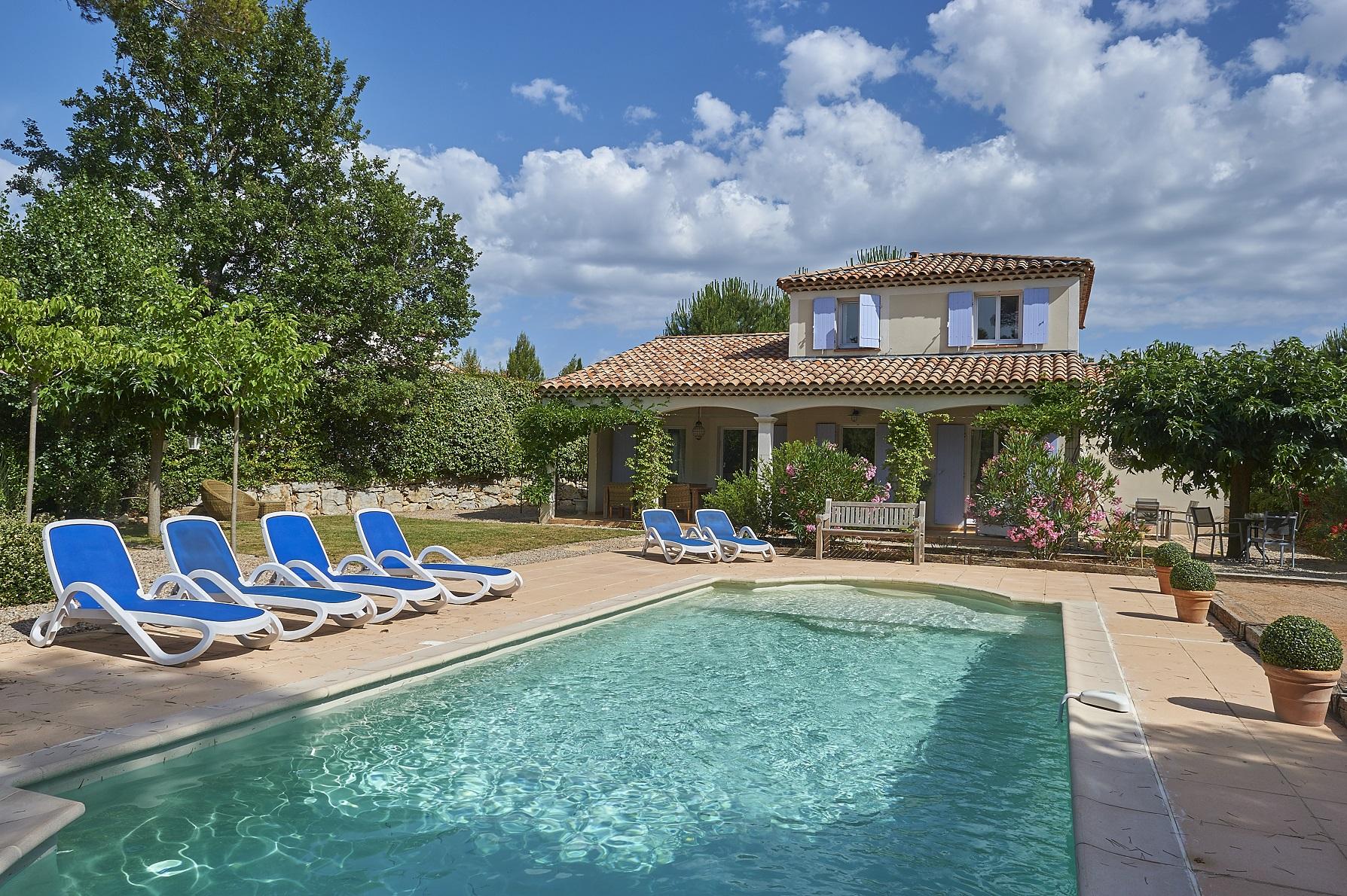 Villa 6 pers. vrijstaand + zwembad