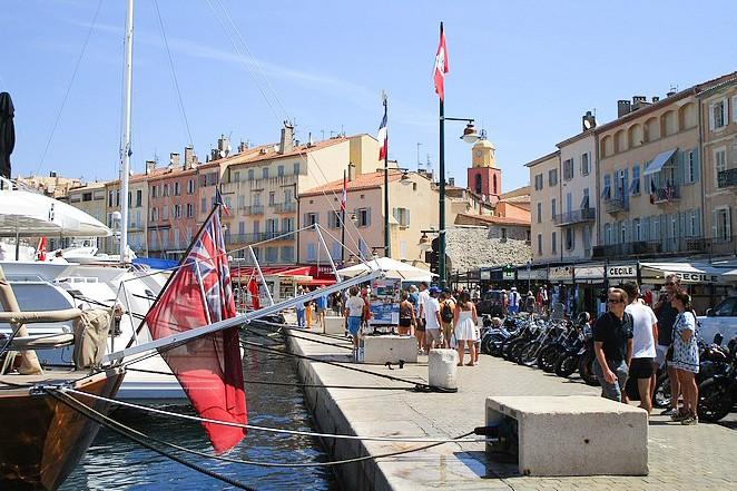 Corona St Tropez